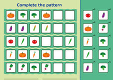Complete the pattern, Worksheet for kids Royalty Free Stock Photography
