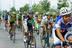 Complete un ciclo la raza, actividad del deporte de Asia, jinete vietnamita Imagen de archivo libre de regalías