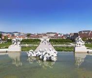 Complexe de palais de belvédère vienne Fontaine plus basse images libres de droits