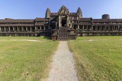 Complexe de temple antique d'Angkor Vat, mille bibliothèques du nord de Dieu, un des plus grands monuments religieux dans le mond photos libres de droits