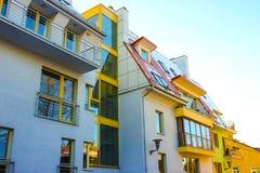 Complexe moderne des bâtiments résidentiels d'appartement Photographie stock libre de droits
