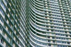 Complexo de edifício enorme do apartamento em Havana, Cuba Foto de Stock