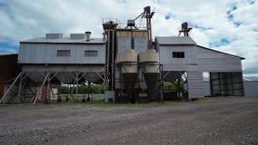 Complexo industrial agrícola para limpar e secar da grão filme