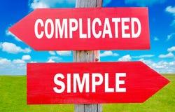 Compliqué ou simple images libres de droits