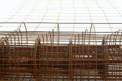 Componentes de aço no canteiro de obras - construção Fotografia de Stock Royalty Free