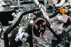 Componentes do motor do motor do caminhão no serviço do carro imagem de stock royalty free