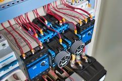 Componentes eléctricos imagenes de archivo