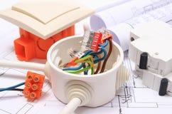 Componentes para as instalações e diagramas bondes da construção Foto de Stock