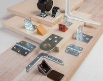 componentes para el montaje de los muebles fotos de archivo