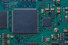 Componenti elettronici di vecchio disco rigido fotografia stock libera da diritti