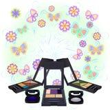 Componga la sombra de ojos con la flor y la mariposa Fotos de archivo libres de regalías