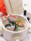 Composants pour les installations et les diagrammes électriques de construction Photographie stock libre de droits