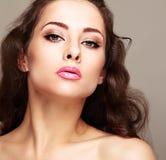 Composição brilhante 'sexy' da mulher com chicotes longos Foto de Stock Royalty Free