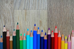 Composição colorida dos lápis foto de stock