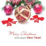 Composição com as bolas vermelhas do Natal, isoladas Fotos de Stock Royalty Free