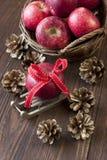 Composição com maçãs vermelhas Imagens de Stock