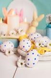 A composição consiste em ovos da páscoa Imagens de Stock Royalty Free