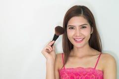 composição cosmético Base para a composição perfeita de Make-up Aplicando a composição Fotos de Stock