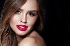 Composição da forma Mulher 'sexy' com cara da beleza imagem de stock