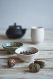 Composição da manhã do chá verde foto de stock