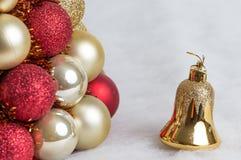 Composição das decorações do Natal no branco Imagens de Stock Royalty Free