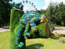 composição de um lagarto em um parque da recreação na cidade de Kiev Imagem de Stock