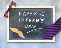 Composição do dia de pais no quadro-negro Fotografia de Stock Royalty Free