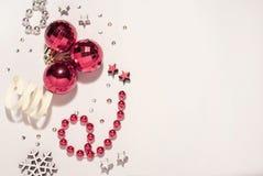 Composição do Natal Bolas do Natal, vermelhas foto de stock royalty free