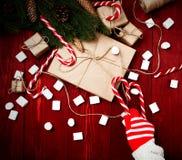 Composição do Natal, conceito do ano novo Caixas das surpresas, Imagem de Stock
