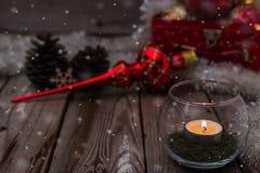 Composição do Natal no fundo de madeira Imagens de Stock