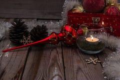 Composição do Natal no fundo de madeira Fotos de Stock