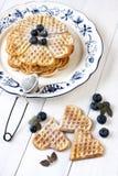 Composição dos waffles com bagas Imagens de Stock Royalty Free