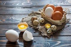 Composição rural dos ovos sortidos Foto de Stock Royalty Free