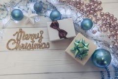 Composición azul de la magia de Toy Decor Star Ball Gift del árbol de abeto del día de fiesta de la Feliz Navidad Imagenes de archivo