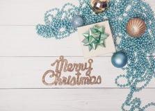 Composición azul de la magia de Toy Decor Star Ball Gift del árbol de abeto del día de fiesta de la Feliz Navidad Fotografía de archivo