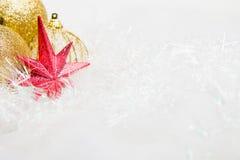 Composición brillante de la Navidad con la estrella roja Imagen de archivo
