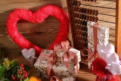 Composición con el corazón para todos los amantes Imagenes de archivo