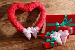 Composición con el corazón para todos los amantes Fotos de archivo libres de regalías