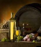 Composición con el vino Foto de archivo libre de regalías