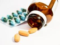 Variedad de píldoras de la droga Imagen de archivo libre de regalías