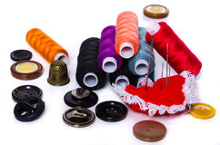 Composición con los accesorios para coser Imágenes de archivo libres de regalías