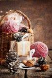 Composición con los regalos de la Navidad Fotos de archivo libres de regalías