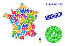 Composición de ahorro de la naturaleza del mapa de Francia con las mariposas y los sellos del Grunge stock de ilustración