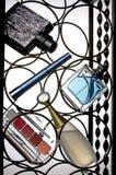 Composición de cosméticos femeninos. Foto de archivo