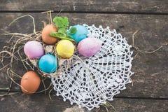 Composición de la foto de los huevos de Pascua Fotografía de archivo libre de regalías