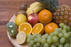 Composición de la fruta imagen de archivo libre de regalías