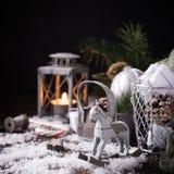 Composición de la Navidad con el cono del pino Imagen de archivo libre de regalías