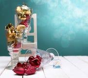 Composición de la Navidad con la caja y las decoraciones de regalo Foto de archivo