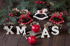 Composición de la Navidad con la decoración del día de fiesta Fotos de archivo