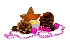 Composición de la Navidad con la vela ardiente / / rústico Imagen de archivo libre de regalías